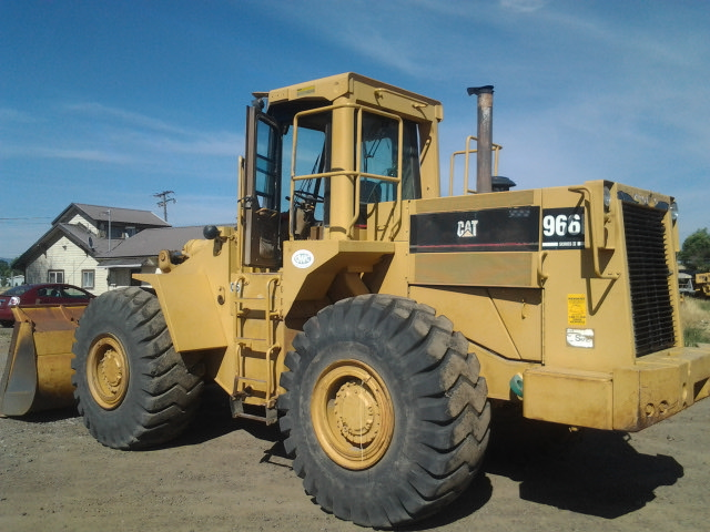 1987 Caterpillar 966D Wheel Loader Back Left